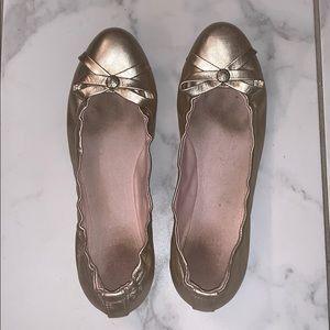 Jack Rogers Platinum Bow Ballet Flat Size 8